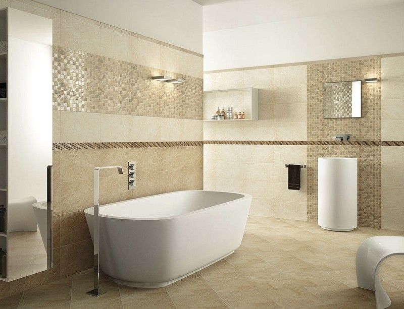 Badezimmer mit Wandfliesen mit Mosaik - moderne Wandgestaltung - modernes bad beige