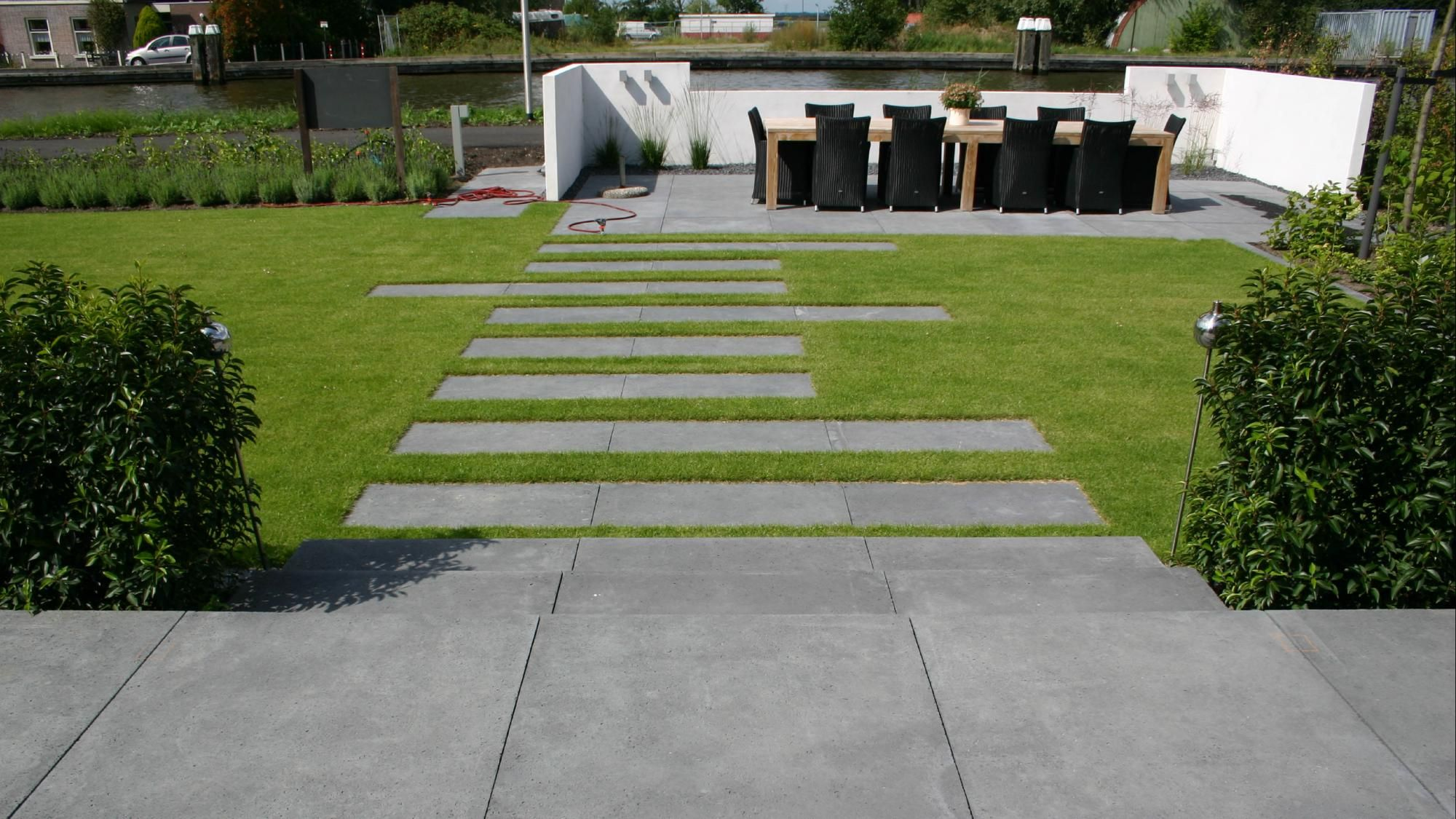 Moderne Onderhoudsvriendelijke Tuin  Foto 6