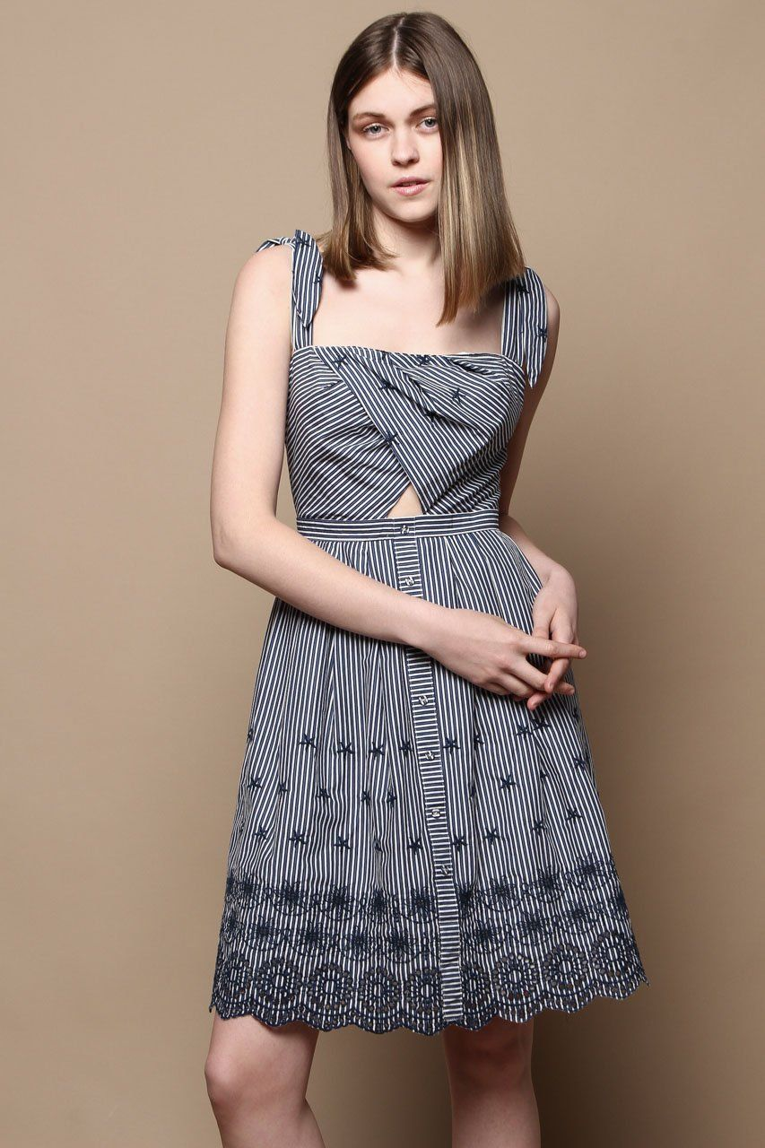 f2450951bd9c Astr The Label Erica Embroidered Dress - Navy
