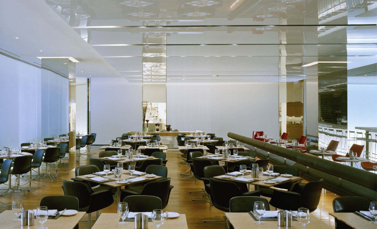 The Modern At Moma Bentel Bentel Architects Planners A I A Bar Room Modern Restaurant New York City Architecture