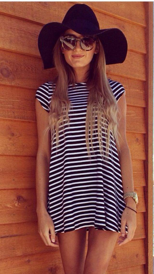 aa151a6569 Striped dress + floppy hat + simple ballet flats x sarah weth
