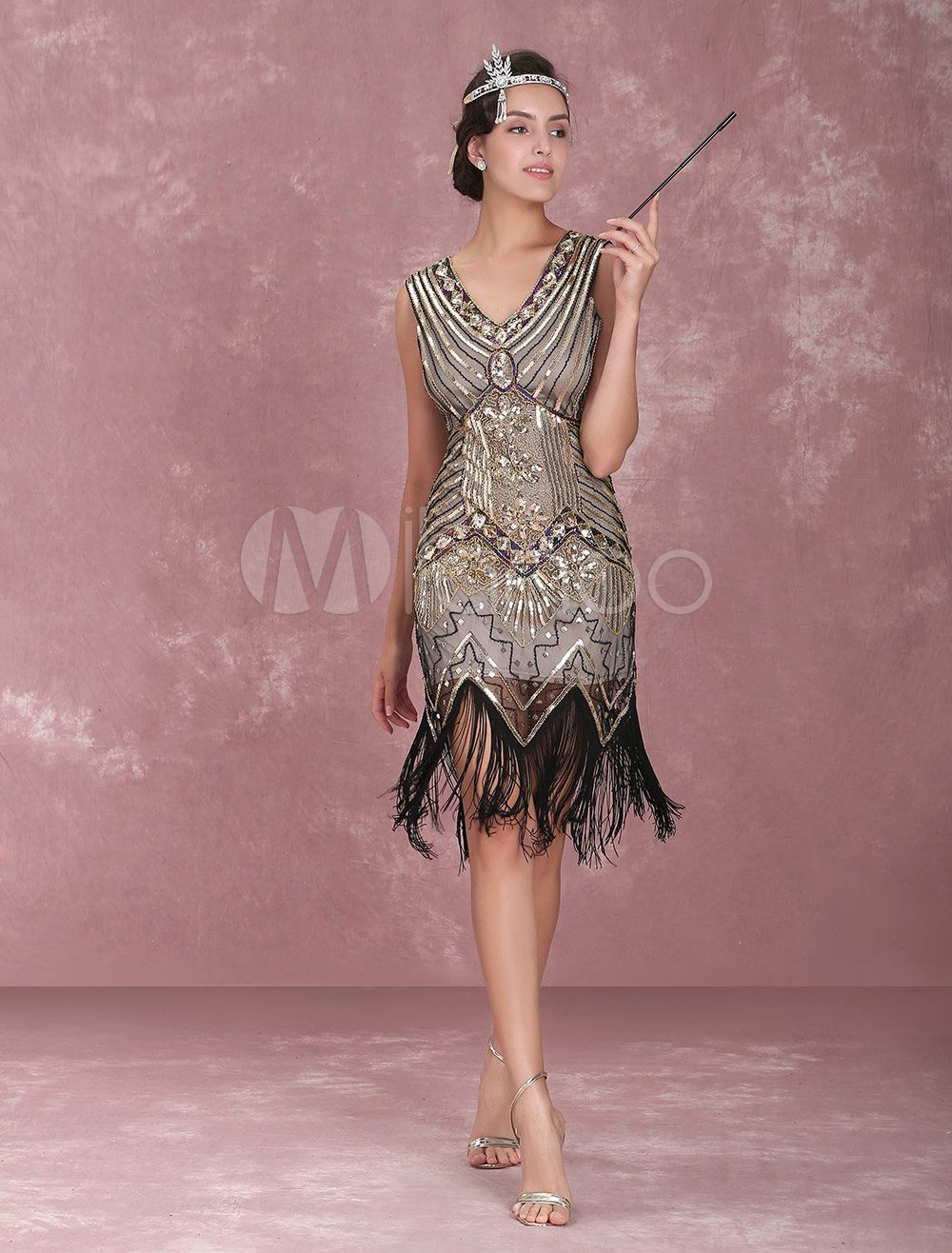 Great Gatsby Dress 1920s Fashion Vintage Style Black Sequined Tassels Flapper Girl Dress Vintage Costume Halloween 1920s Party Dresses Great Gatsby Dresses Gatsby Party Dress [ 1316 x 1000 Pixel ]