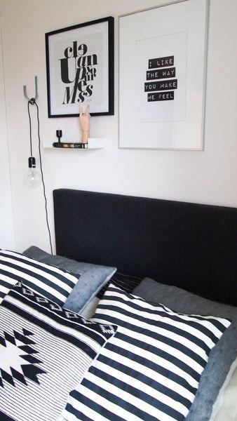 makuuhuoneen sisustus,makuuhuone,koristetyynyt,tekstilaulu,house doctor,iittala nappula,hay puukäsi,ikea hylly,sängynpääty,raita-tyynyt,h&m tyyny,diy,diy valaisin,valkoinen seinä