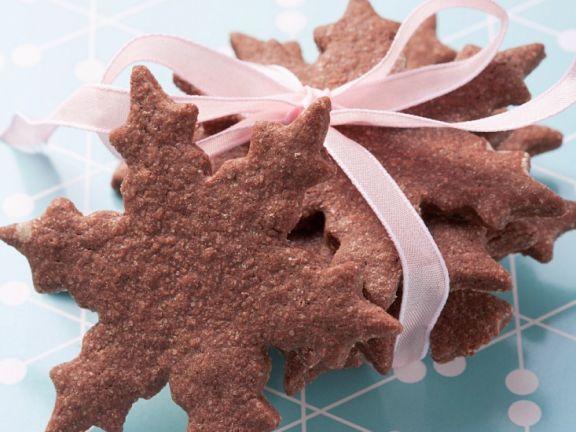 Schokoladensterne ist ein Rezept mit frischen Zutaten aus der Kategorie Gebäck. Probieren Sie dieses und weitere Rezepte von EAT SMARTER!