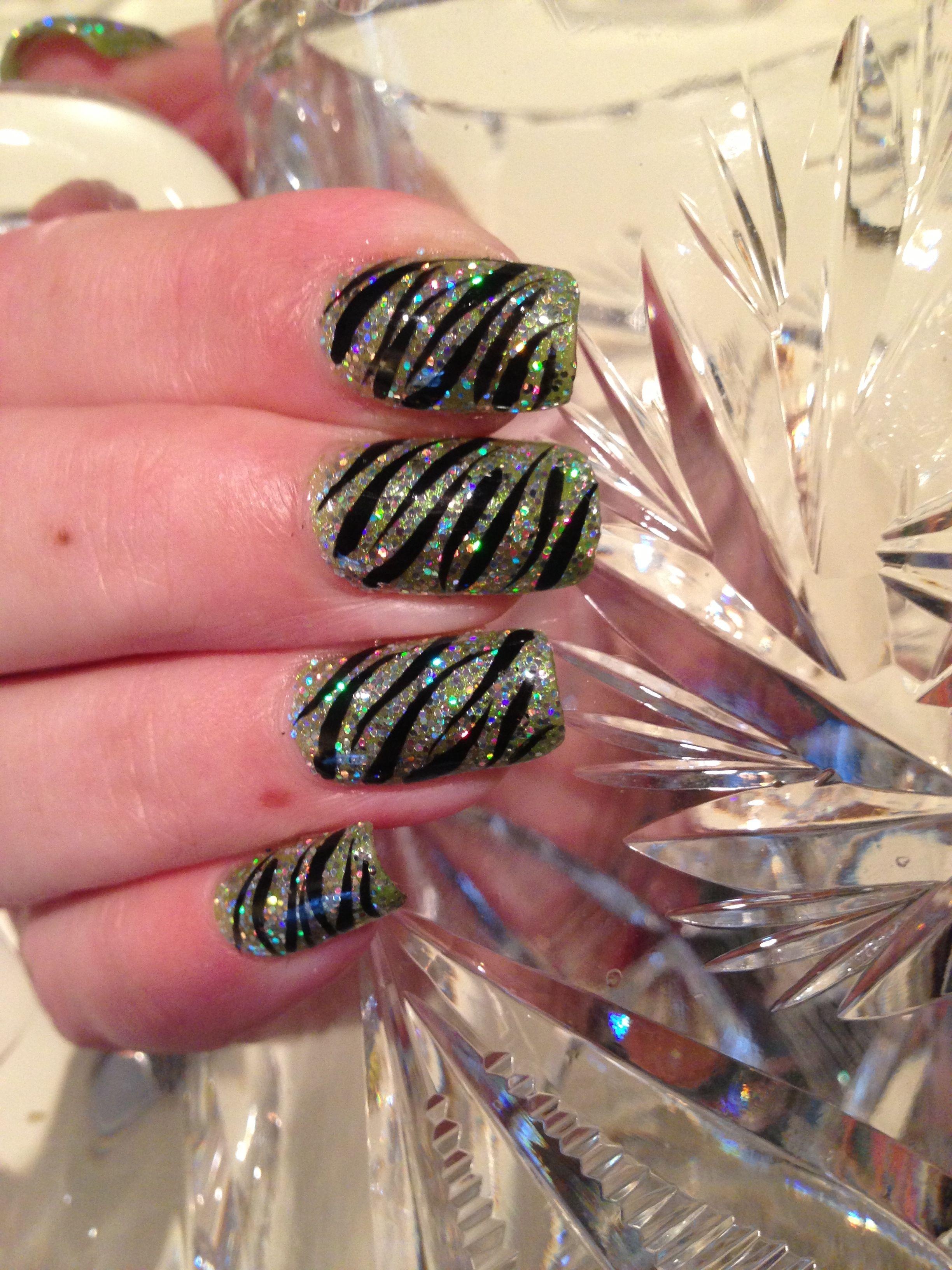 Shellac with zebra nail art