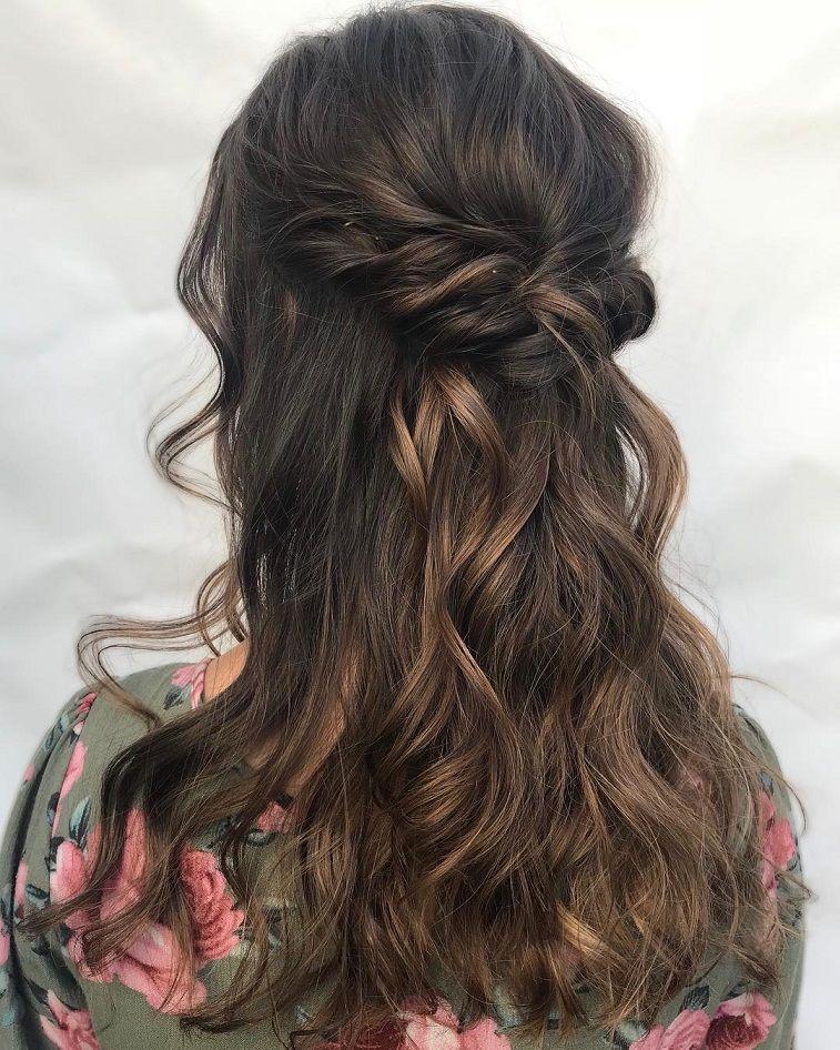 Half up and half down hairstyle #weddinghair #upstyle #halfuphalfdown #bridalhair #weddinghairstyle #halfdown #braidhair #crowbraid