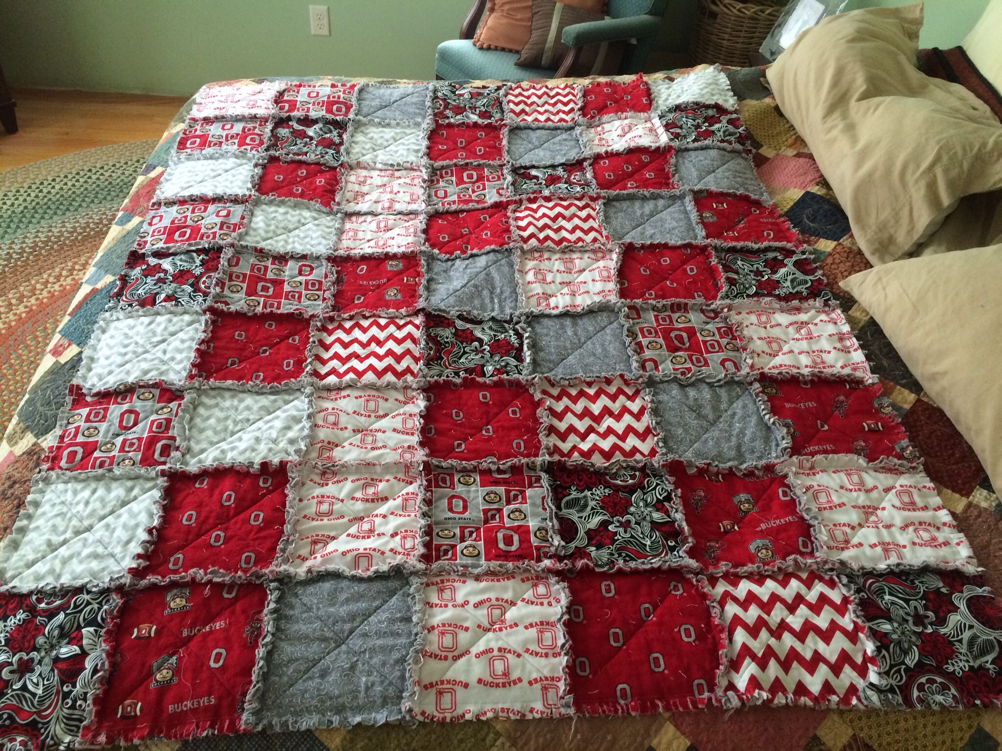 Ohio State Rag Quilt I M Making Two With My Mom S Jeans One For My Husband Gino And One For My Nephew George Rag Quilts Ohio State Decor