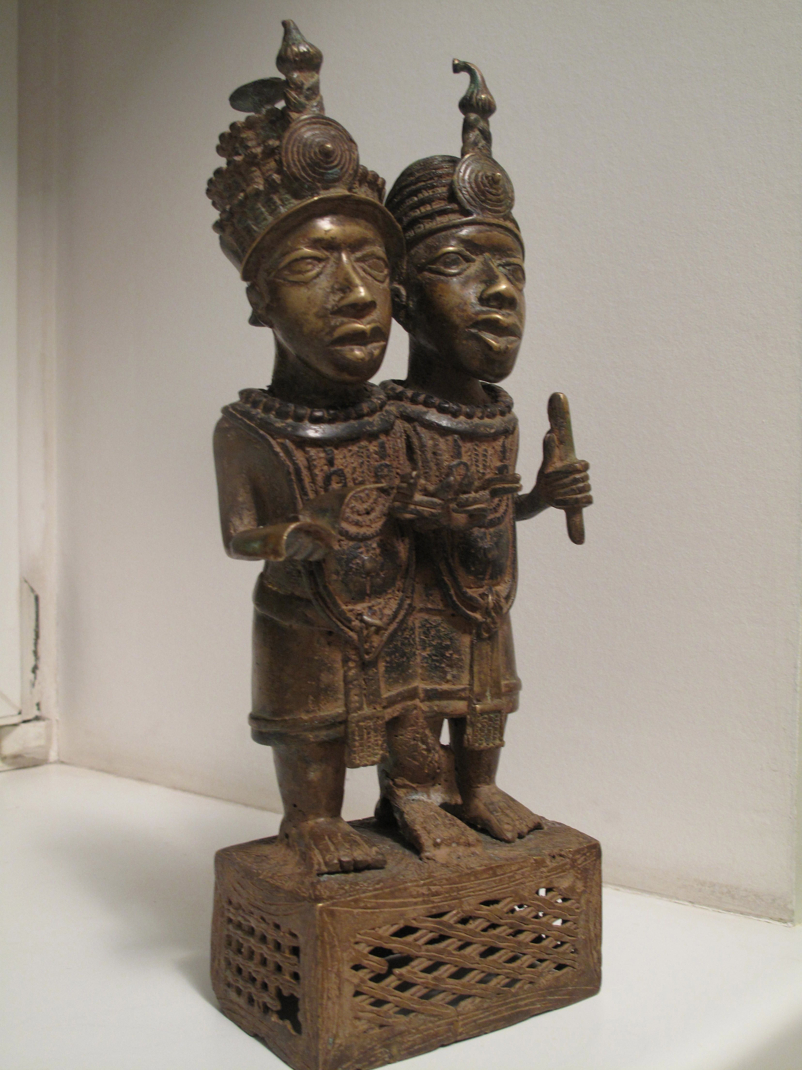 the art of benin essay This essay will attempt to discuss the reasons why the ownership and location of  the art of benin have been consistently debated between the european.
