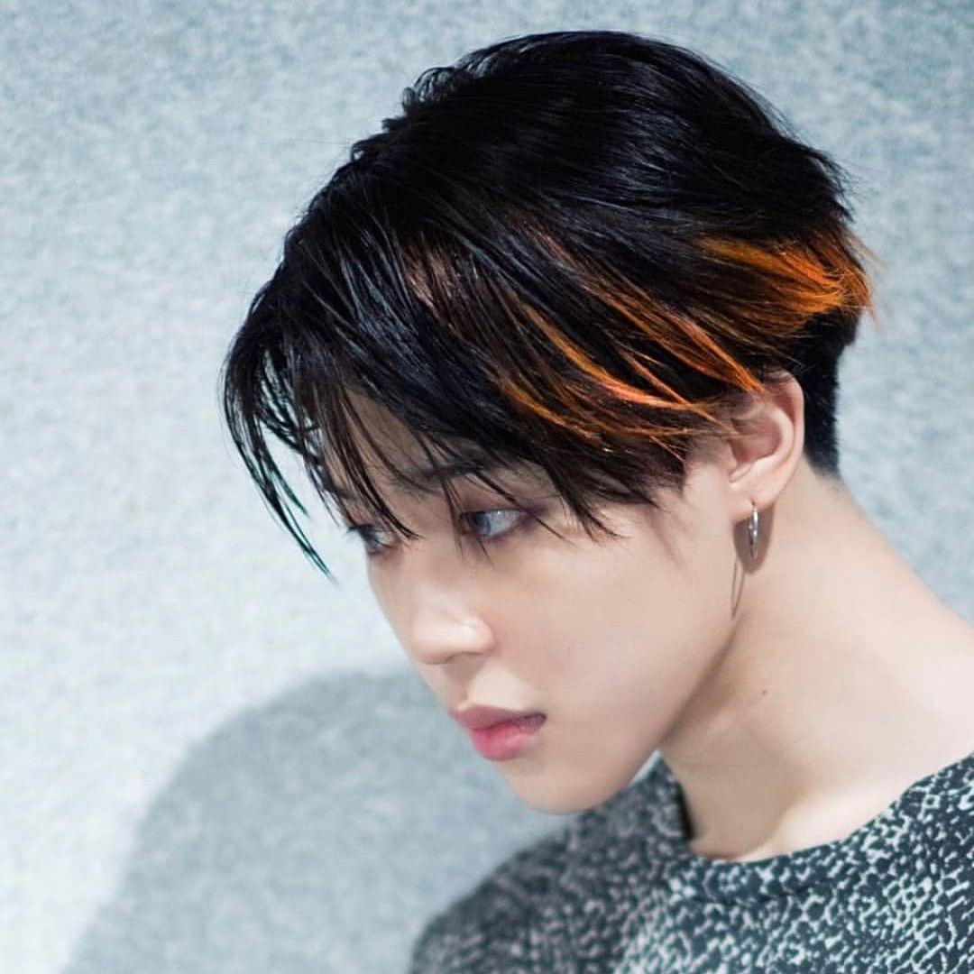 ポイントカラー 髪色 メンズ 髪色 オレンジ ヘアカット