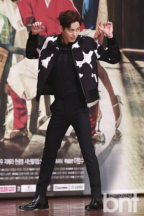 10 Stylish photos of Lee Hyun Woo, VIXX's Hongbin, and more at the Moorim School press conference