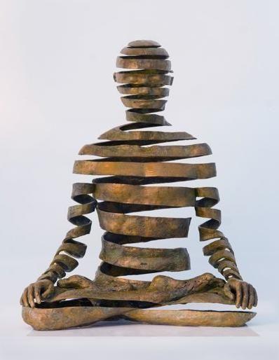 Bronze sculpture by UK artist Sukhi Barber, who spent twelve years - kleine u küche