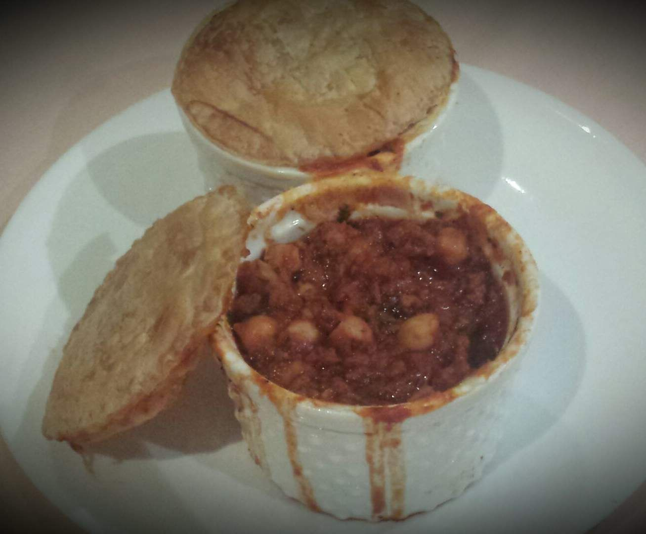 Recipe Chickpea & Chorizo Pot Pie by The Power of Real Food - Recipe of category Main dishes - meat