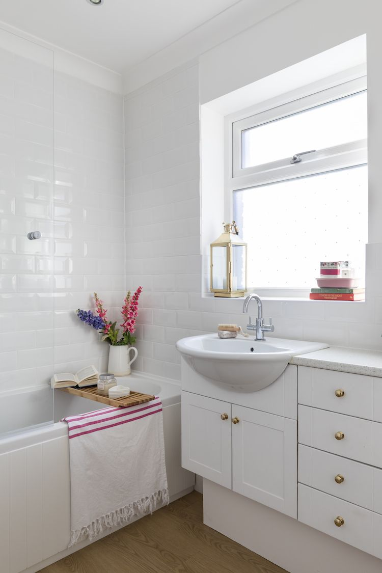 How I Squeezed a Bath and Shower into my Tiny Bathroom | Small ...