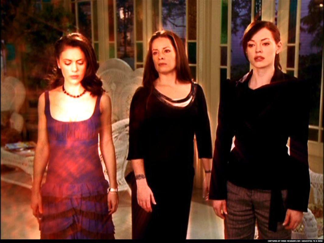 12 Angry Zen Charmed Season 1 Charmed Season 8 Phoebe And Cole