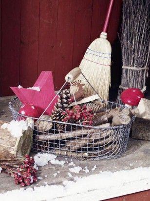 weihnachtsdeko f r au en vor der t r festlich dekorieren weihnachten pinterest wohnraum. Black Bedroom Furniture Sets. Home Design Ideas