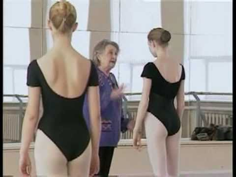 Perm is third capital of Russian ballet. The main reason is Perm Ballet School which for 30 years was run by Honoured Artist of USSR Ludmila Pavlovna Sakharova. Documentary show last lesson and final exam of Sakharova's graduating class.