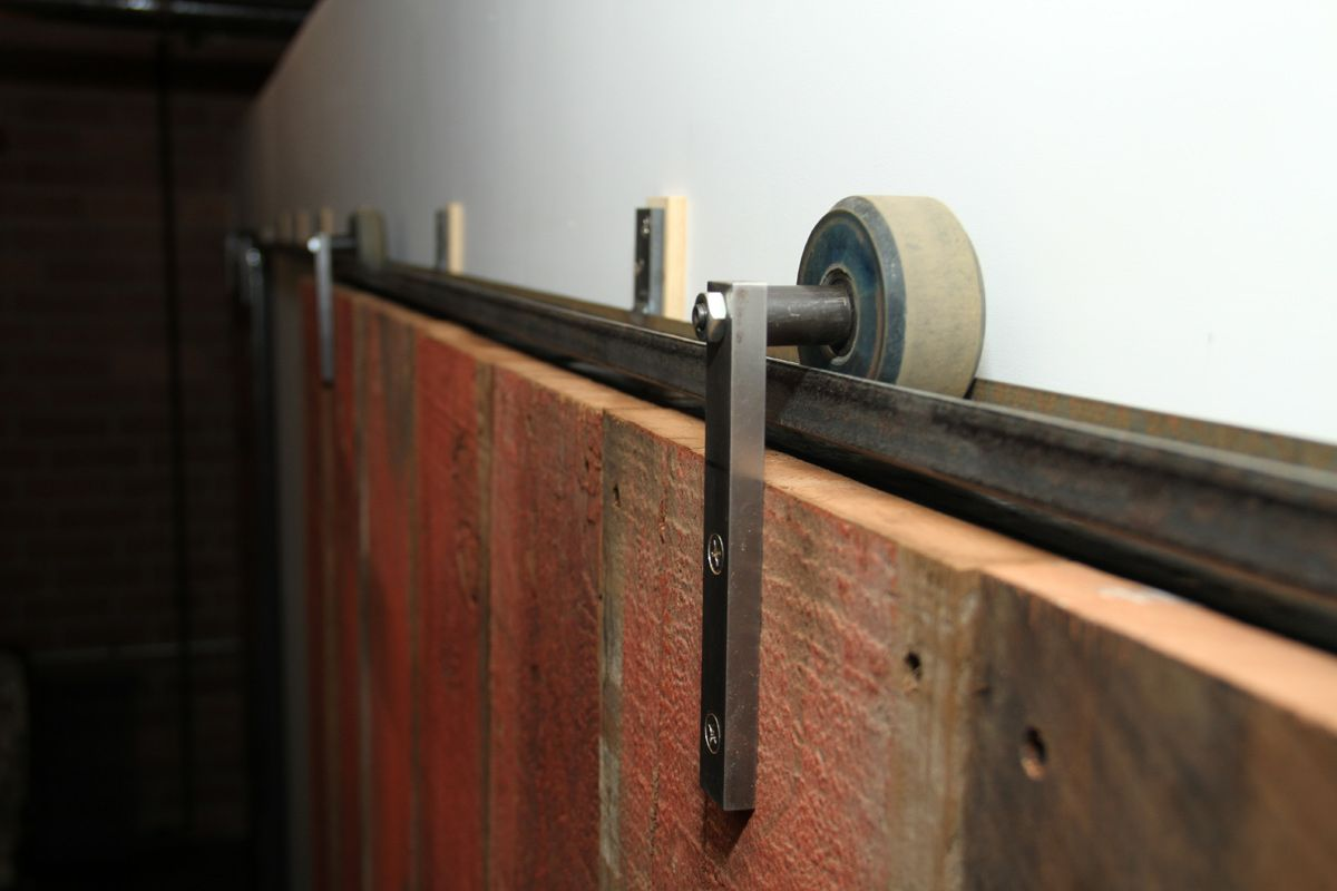 My friend J3 (John J. Jesse) made this track system for a barn ...