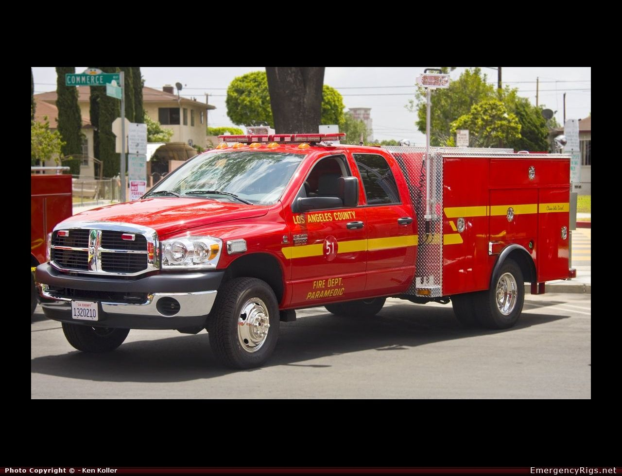 Fire Truck Photos Dodge Rescue Los Angeles County Fire Department Emergency Apparatus Pictures Emergencyrigs Net Fire Trucks Trucks Fire Department