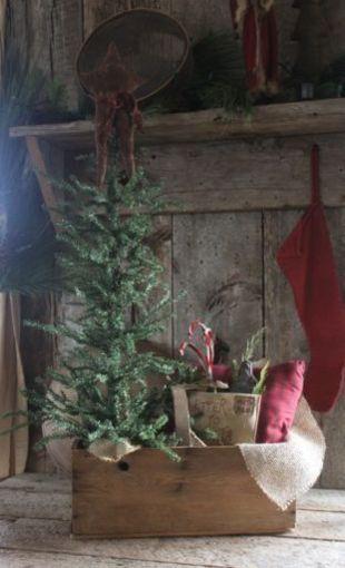 Primitive Christmas Antique Wooden Tote Prim Christmas Pinterest - primitive christmas decorations