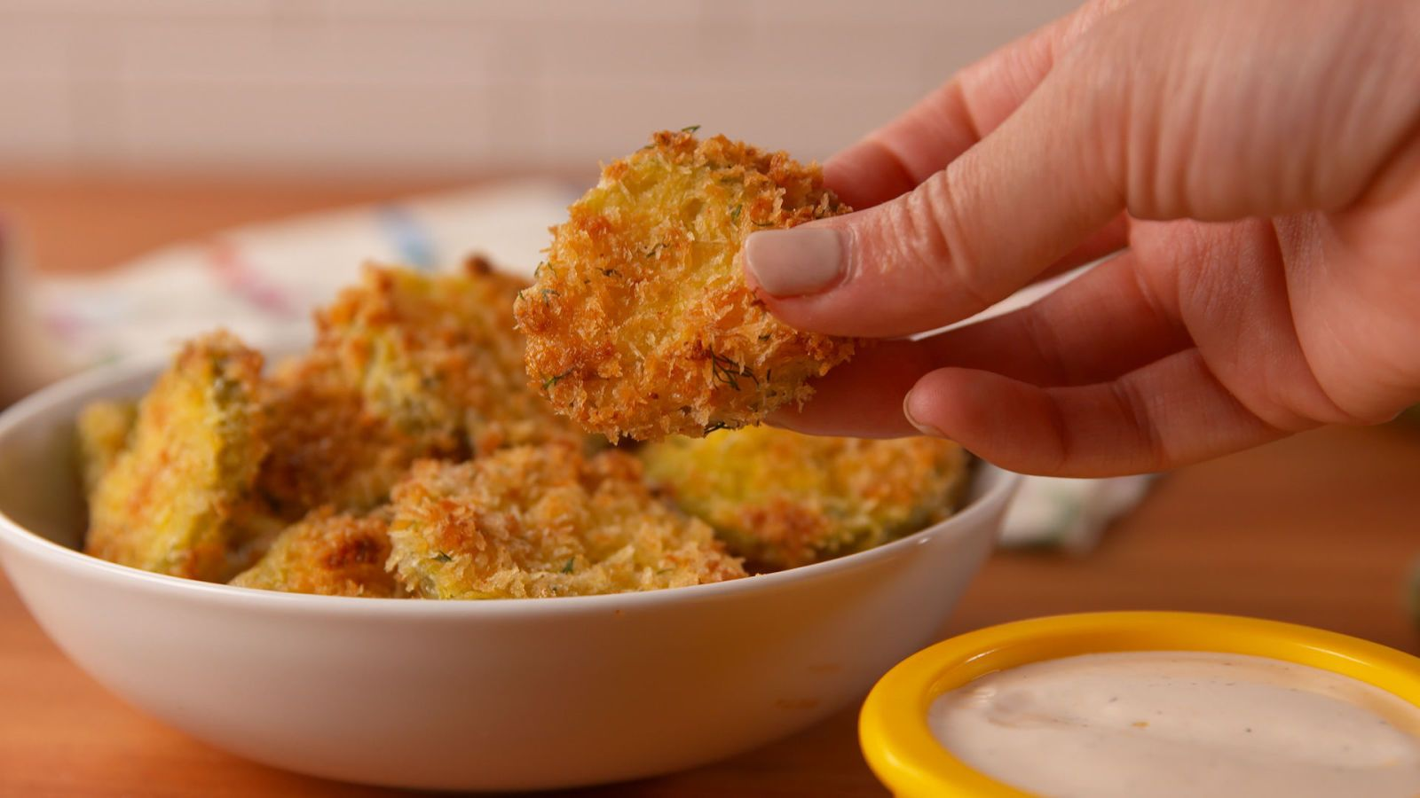 How to Make Oven-Fried Pickles picture