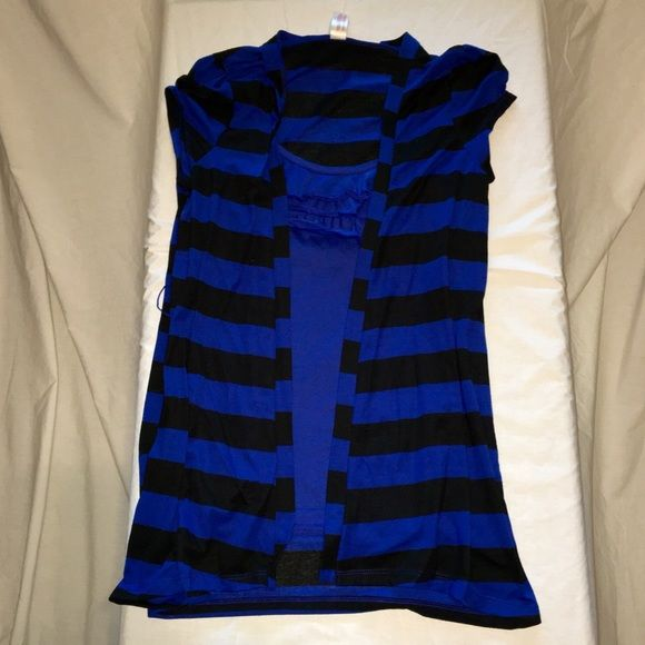 """Black and blue Black and blue shirt. Looks like two pieces, but are actually attached. Built in cami with longer cover up. """"Cover-up"""" is 28 inches long. Size small. Came with small black belt but I cannot find it (I think my 8-yr old daughter ran off with it!) No Boundaries Tops Blouses"""