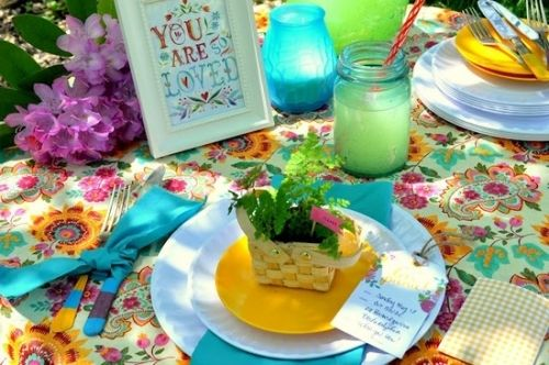 Creative Brunch Table Setting Ideas for Mother\'s Day | Brunch table ...