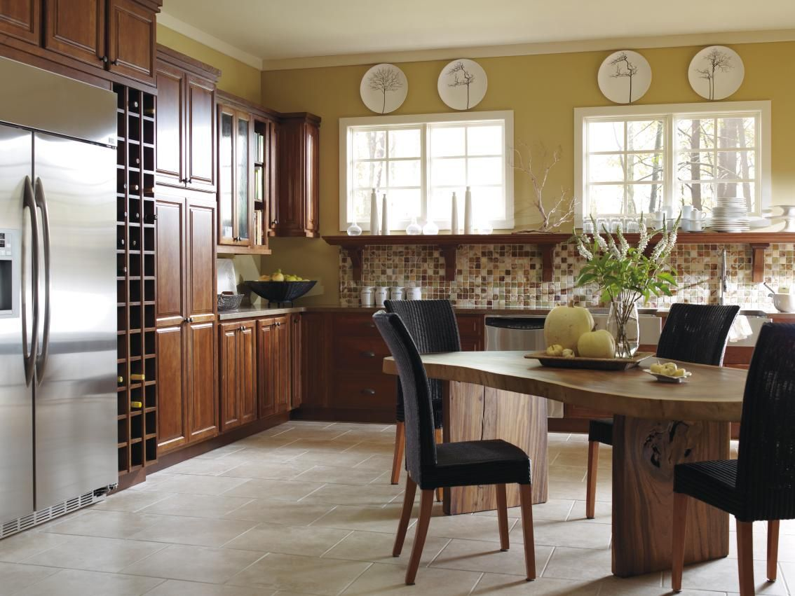 Bailey Cabinet Company Create A Modern Day Countryside Feel With Hickory Cabinets In