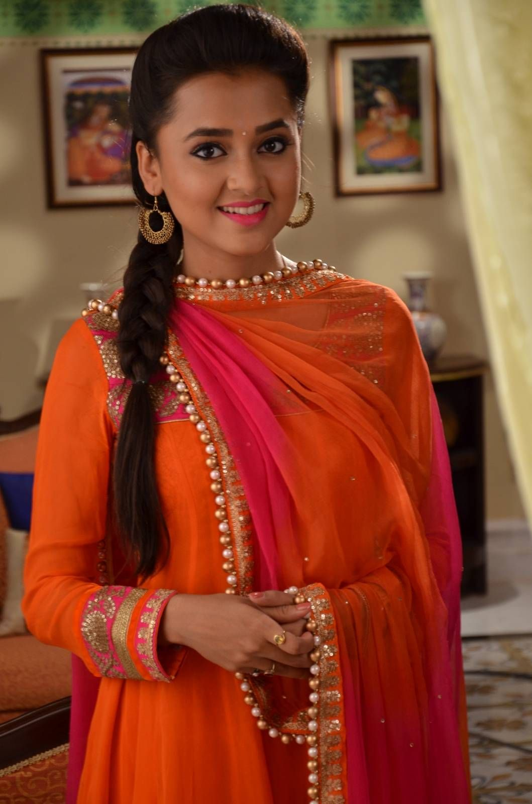 Clicked On The Sets Swaragini Photo Gallery Mehandi