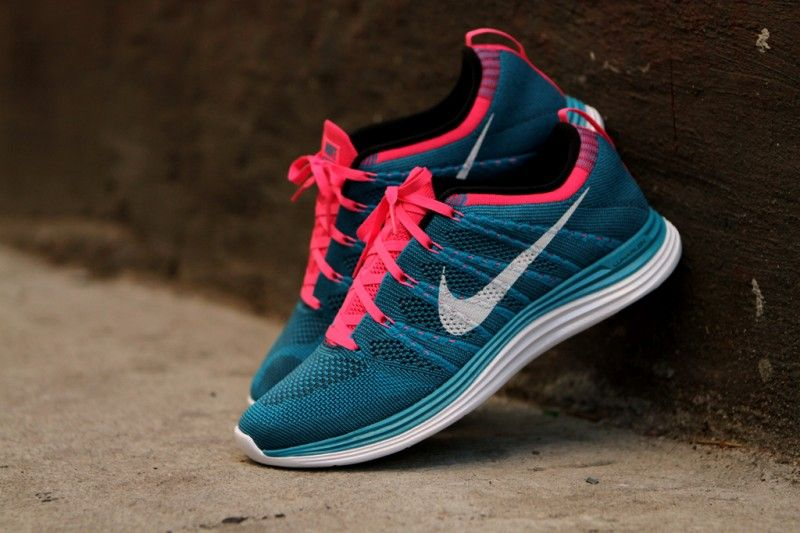 brand new 6f657 441d2 Bubble Gum, Oh so good   Nike Flyknit Lunar. New. Must haves