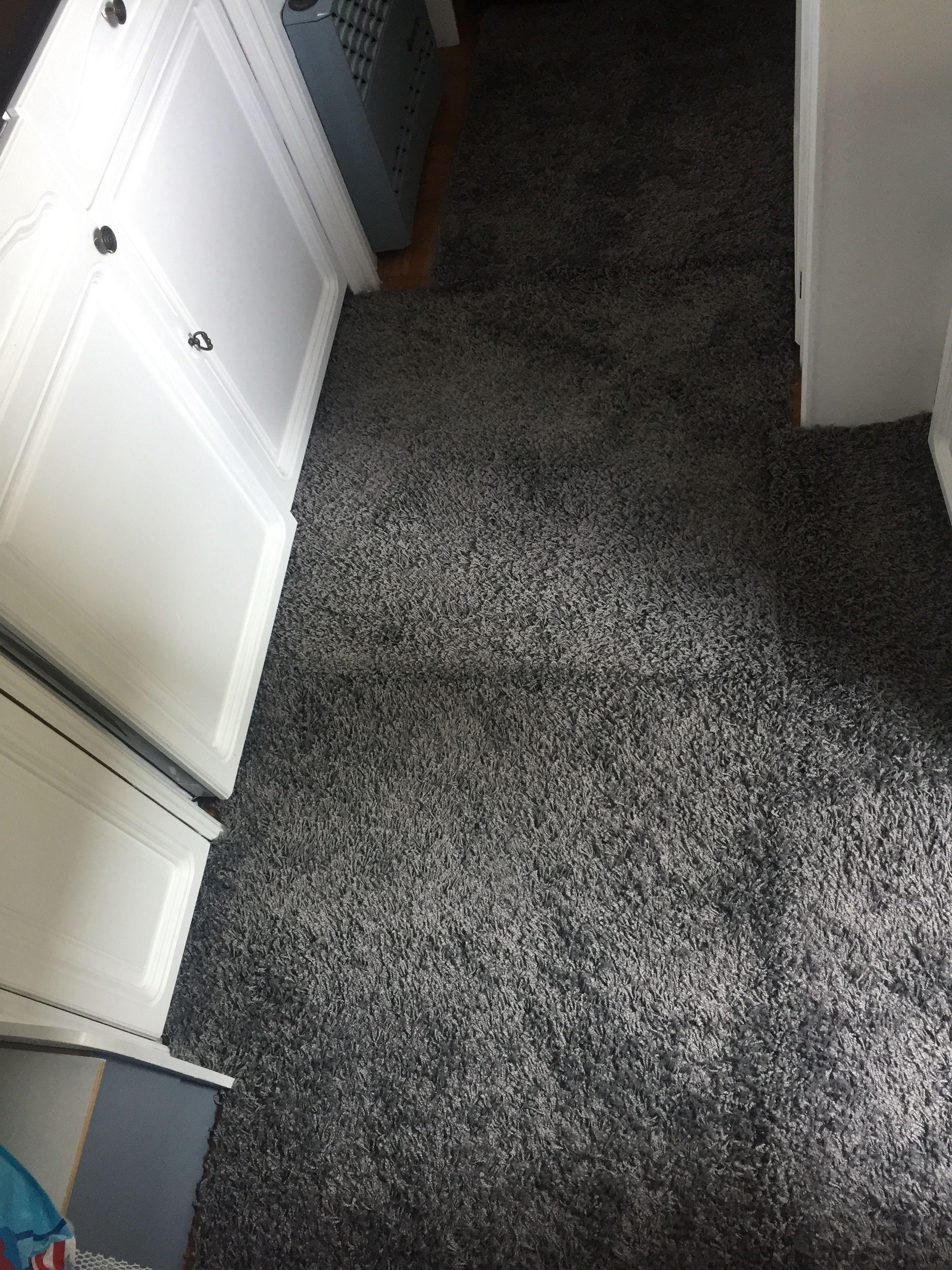 ein teppich f r die tessi ein teppich im wohnwagen. Black Bedroom Furniture Sets. Home Design Ideas