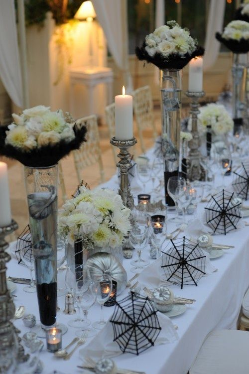 41 spooky but elegant halloween wedding table settings for Halloween table centerpiece ideas