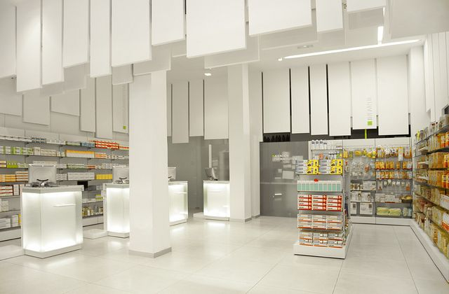001 Farmacia Zazu Retail Design Store Design Design