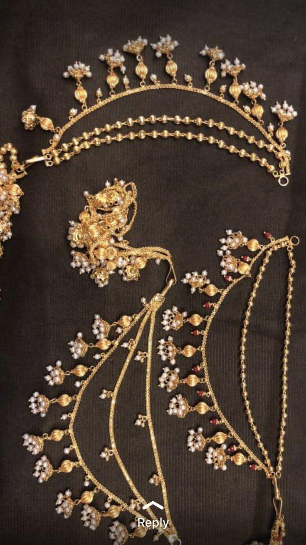 Pin by Niharika Khanna on Bridal jewellery indian Gold