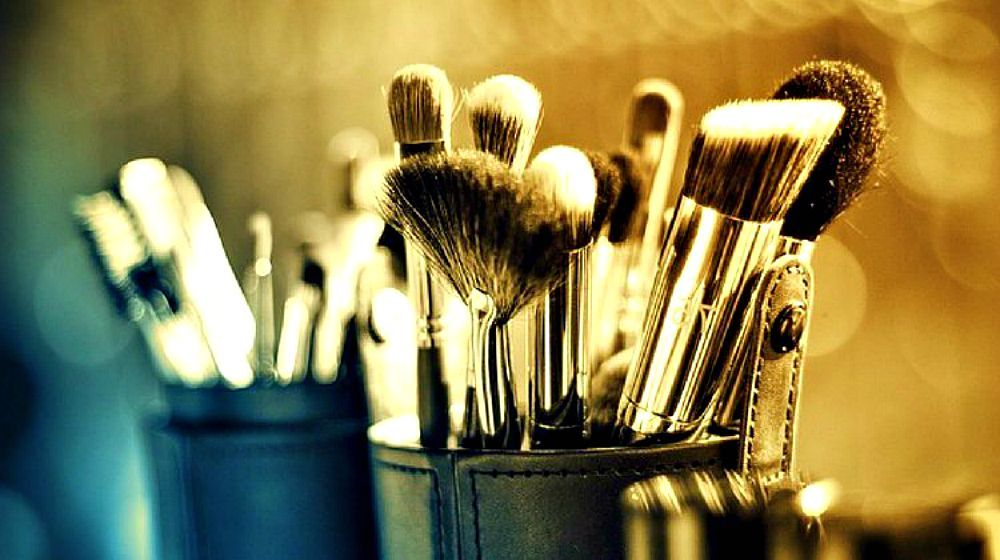 Photo of Makeup Brushes 101 | Detailed Guide On How To Use Your Set