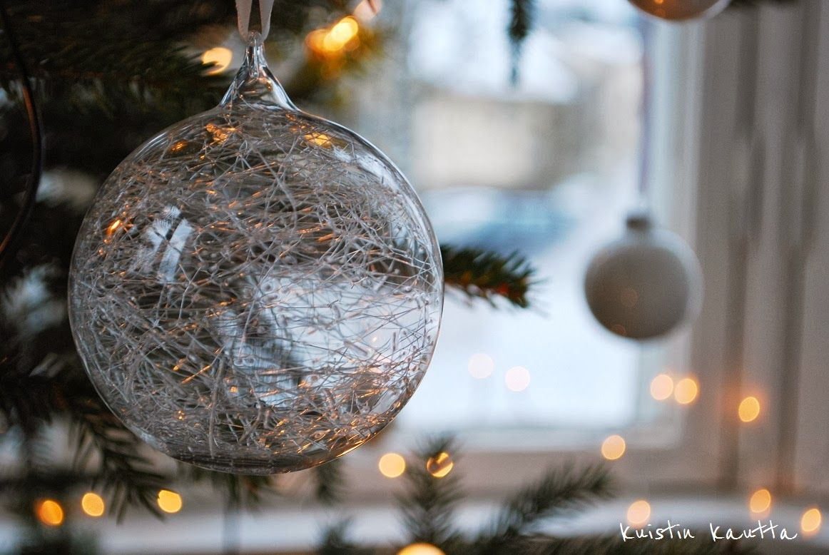 Kuistin kautta: Joulukalenteri 20/24: Joulukuusinostalgiaa