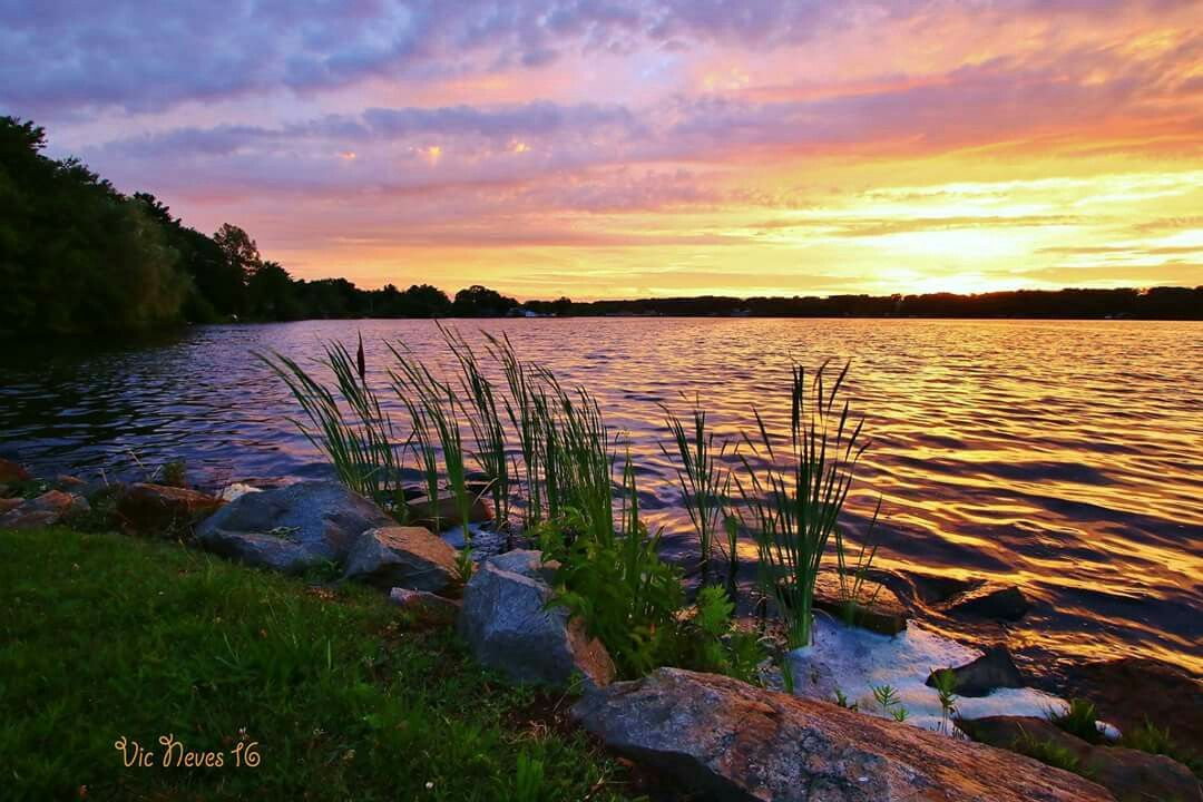 Victor Neves Tiogue Lake Coventry Ri Landscape Coventry Natural Landmarks