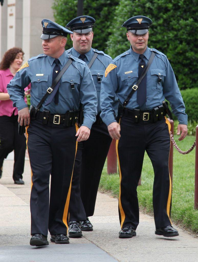 Pin By Tim Johnson On Nj Men In Uniform Men S Uniforms Police Uniforms
