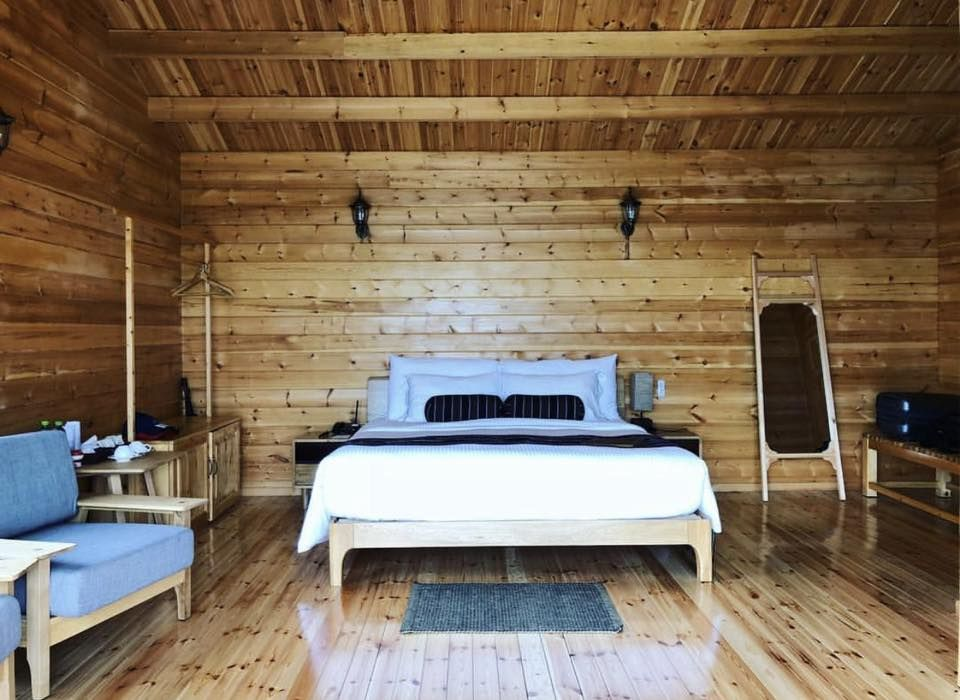 Our luxury wooden chalets comes with the spectacular views of Demodara mountain range