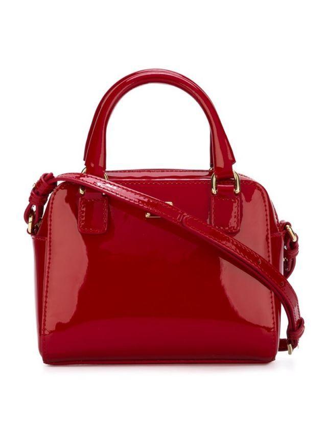 Dolce   Gabbana Kids  elegantly constructed handbag range will make your  little one head of f9865cec1952b