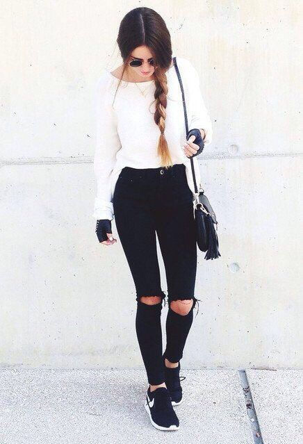 Torn black high waisted jeans with Nike shoes !!! Love