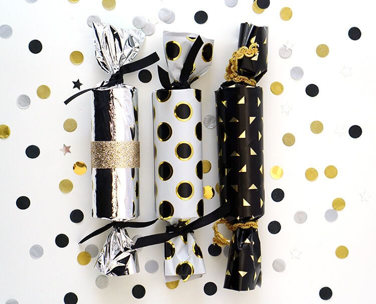 Image result for christmas party crackers diy holiday party favors make your own diy new years eve party crackers and fill them with confetti balloons paper crowns noisemakers and more tons of fun for all ages solutioingenieria Image collections