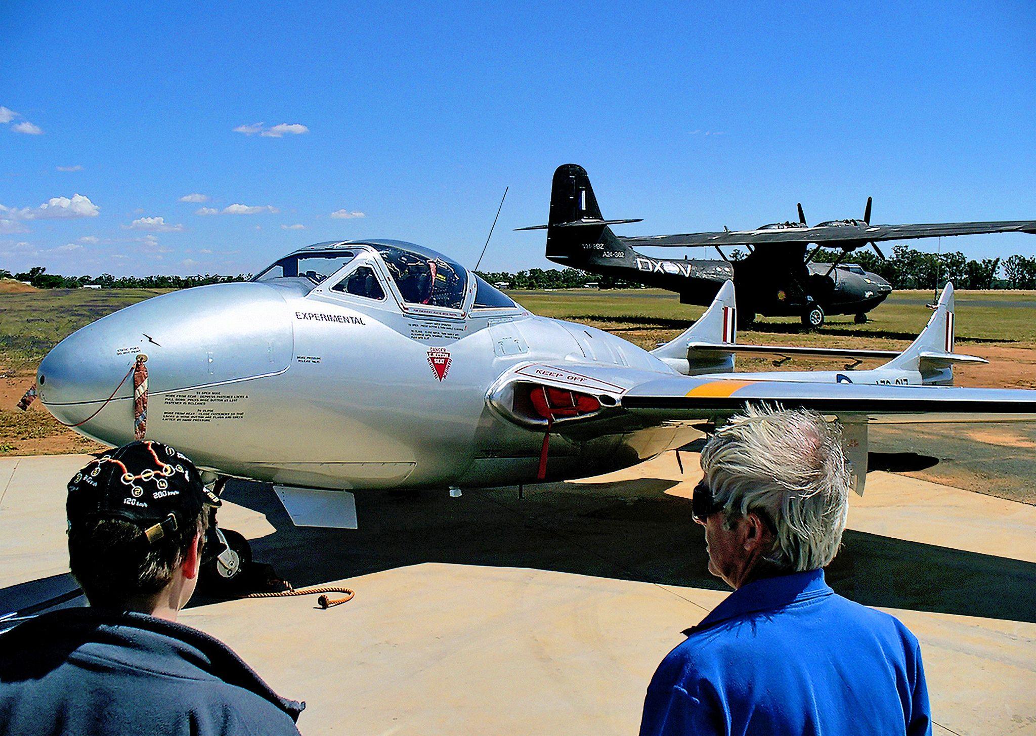 27 November 2005 Vintage warbirds, a de Havilland DH115
