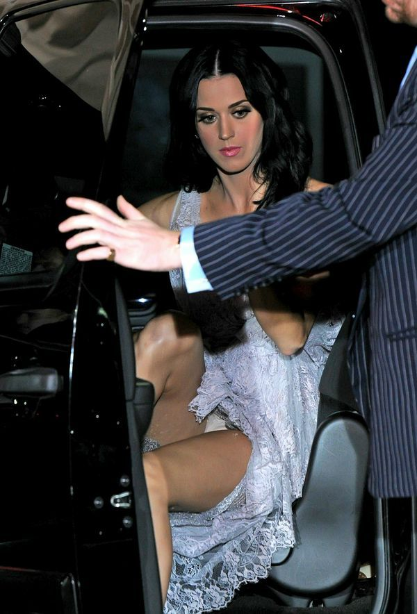 Diamond gomez upskirt