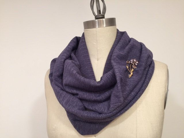 Knitting Loop Scarf : Lavender color with metallic strip infinity scarf knit fabric