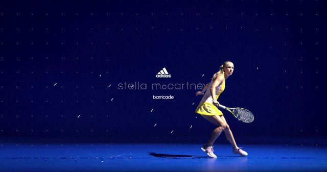 FIELD and Made Thought joined forces for the latest Adidas by Stella McCartney Barricade SS15 campaign, launching at the Australian Open.  In print and motion graphics, Caroline Wozniacki's powerful moves carve through flow fields mapped into the scene, creating a visual balance of technical precision and fluid elegance.