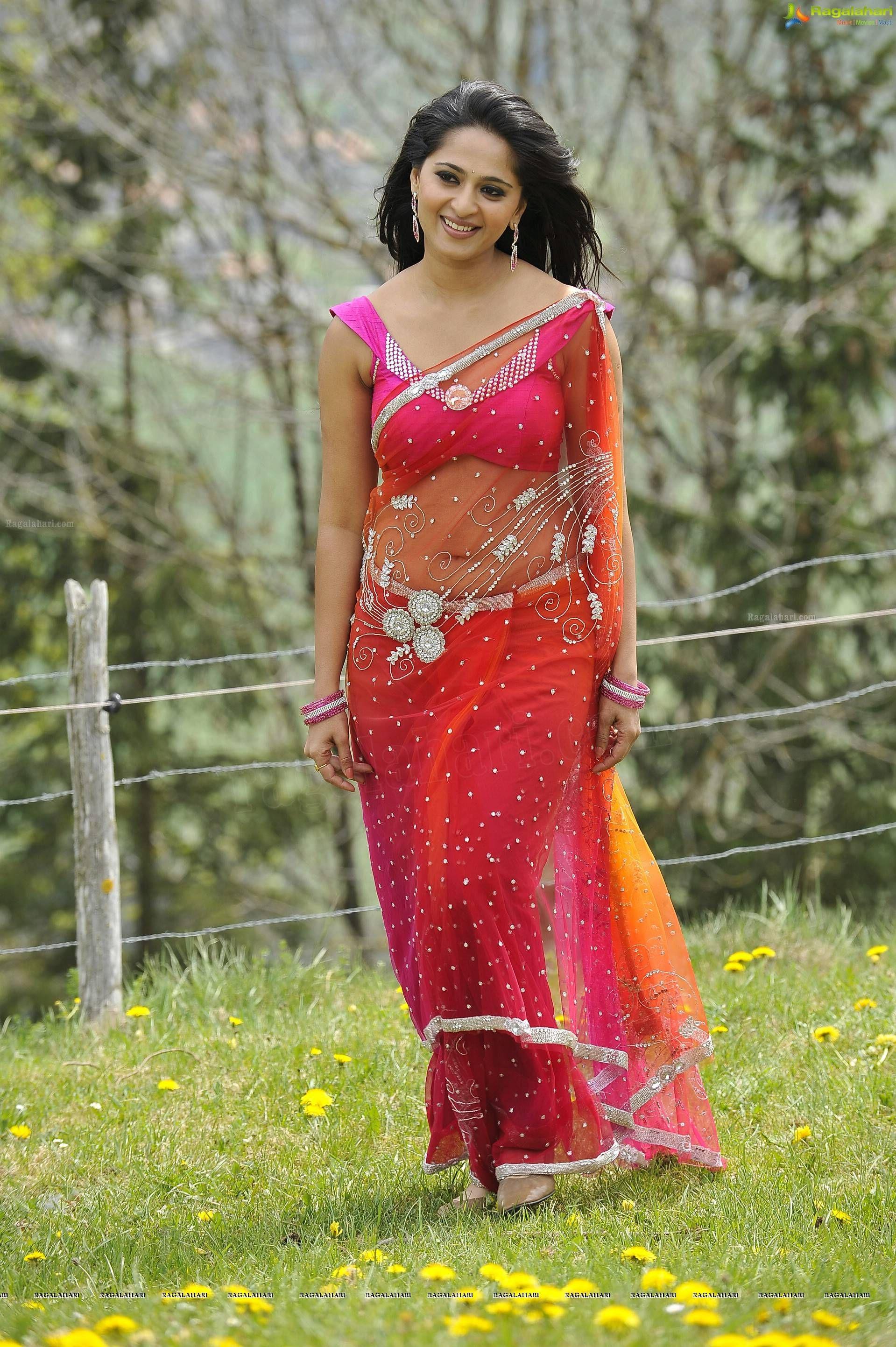 Anushka shetty anushka shetty hot stills pictures beautiful pictures - Anushka Hot Stills 1