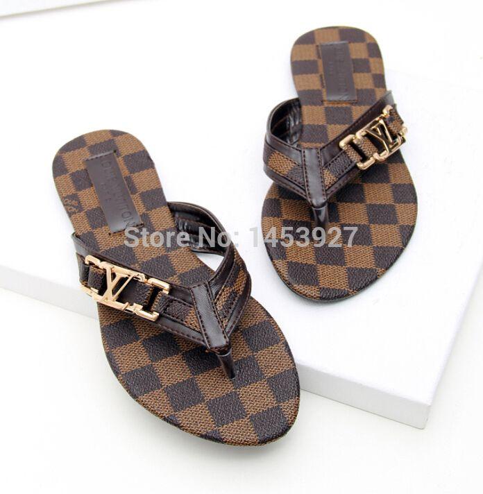 c71827a595276 Encontrar Más Sandalias de las mujeres Información acerca de Moda europea y  americana auténtica de cuero de tacón bajo mujeres zapatillas flip flop ...