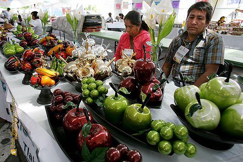 """Nezahualcóyotl, Méx. 05 Junio 2013. Artesanías en vidrio soplado """"Esfemar"""". Tlapujahuilla, Michoacán. Martín Marín Cruz Tel. Cel. 447 1074323 Correo electrónico  esfemar@hotmail.com"""
