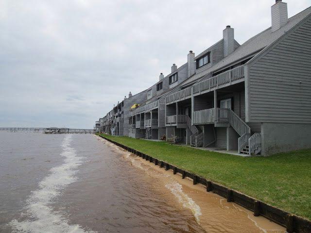 Love To Live In Pensacola Florida Waterfront Townhomes Cove Of San De Loro Pensacola Fl 32514 Pensacola Townhouse Pensacola Beach