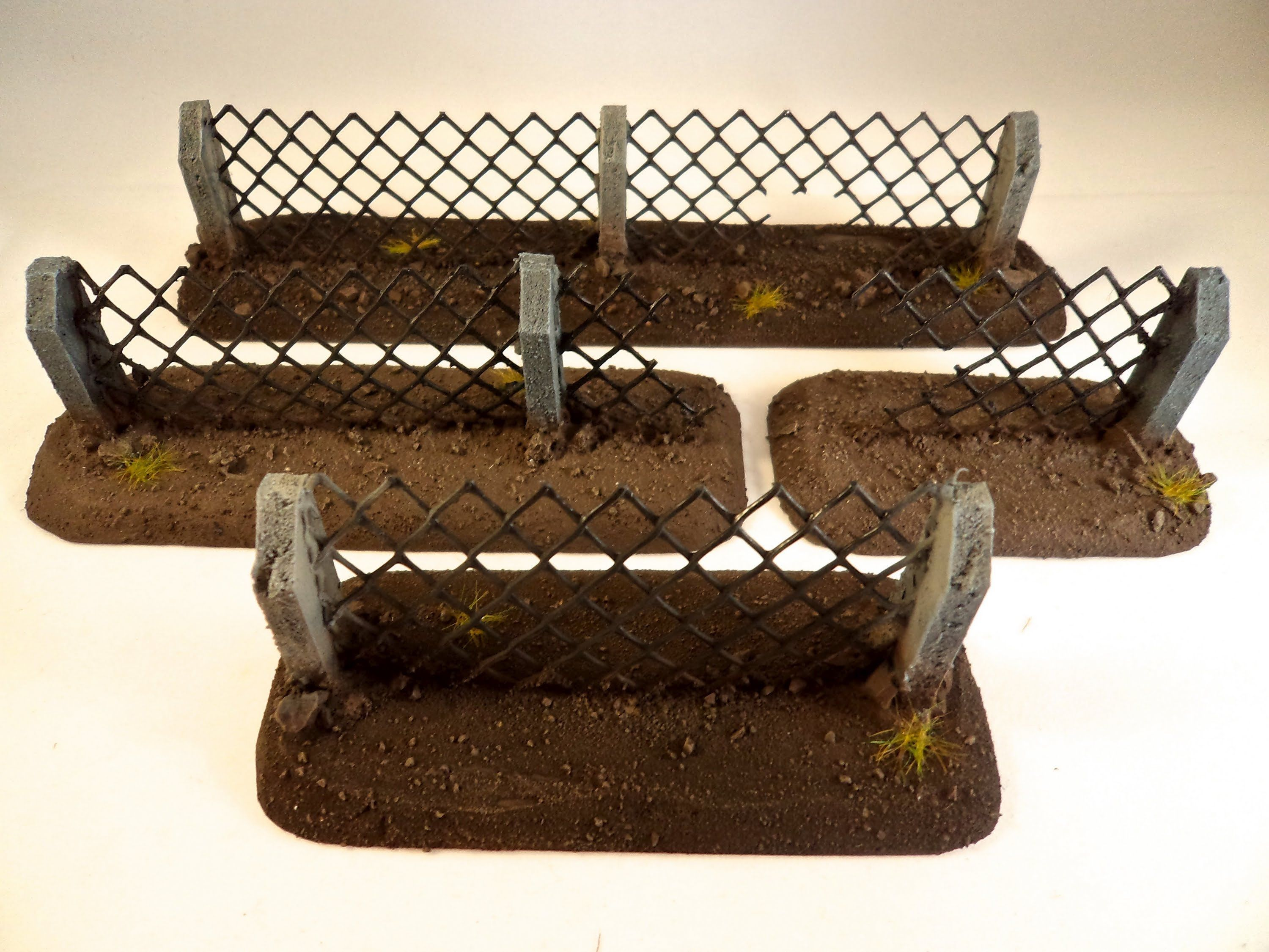 How to make Wargaming Security Fencing Terrain